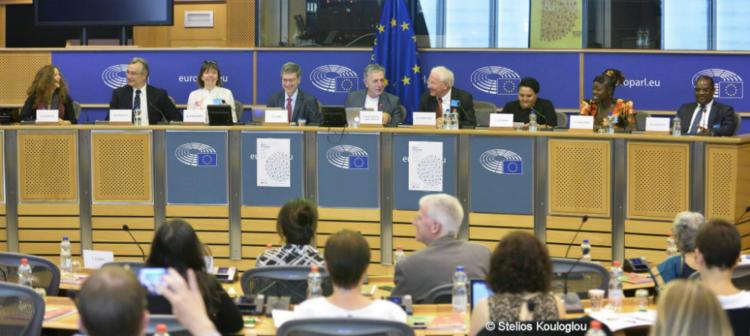 Discussion of the Global Code at European Parliament Workshop, 29 June 2018, from left Dafna Feinholz, Dorian Karatzas, Doris Schroeder, Jeffrey Sachs, Stelios Kouloglou, Klaus Leisinger, Leana Snyder